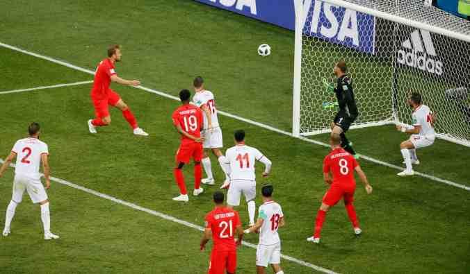 Kane second goal V Tunisia.jpg