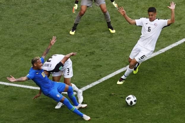 Neymar dive